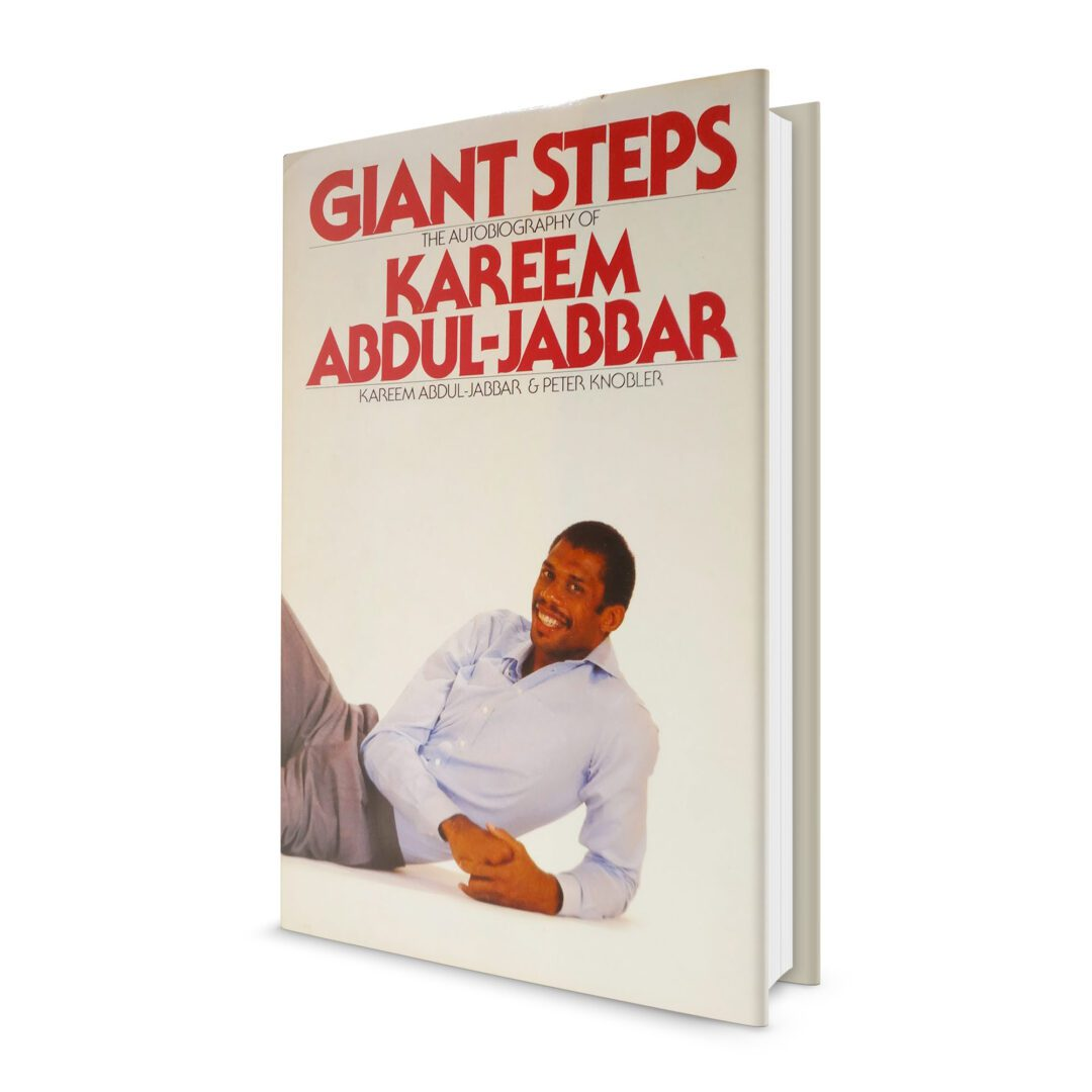 kaj_3d-book_giant-steps