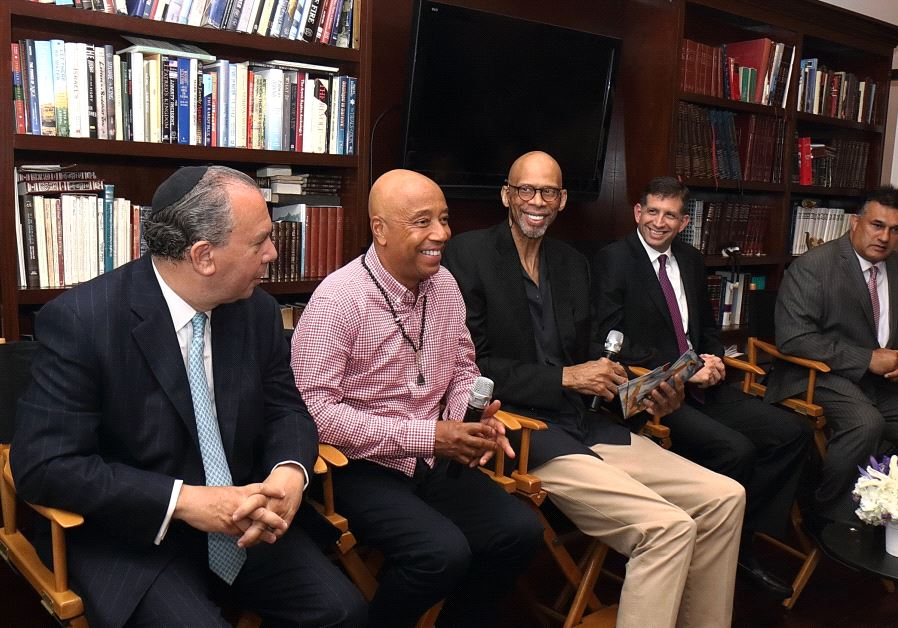 Basketball Legend Kareem Abdul-Jabbar and Media Mogul Russell Simmons Join in Special Iftar Dinner Hosted by Consul General of Israel Sam Grundwerg.. (photo credit:MICHELLE MIVZARI)